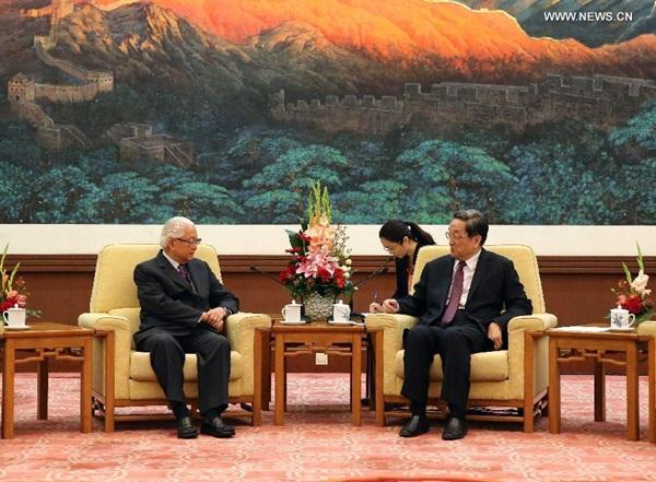 اجتمع يو تشنغ شنغ مع تونى تان كنج يام