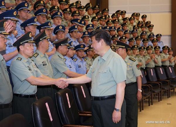 زيارة الرئيس الصيني شي جين بينغ لمجموعة الجيش الـ16