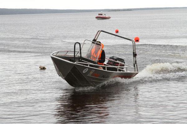 Во Владивостоке прошли региональные водно-моторные соревнования среди инспекторов ГИМС