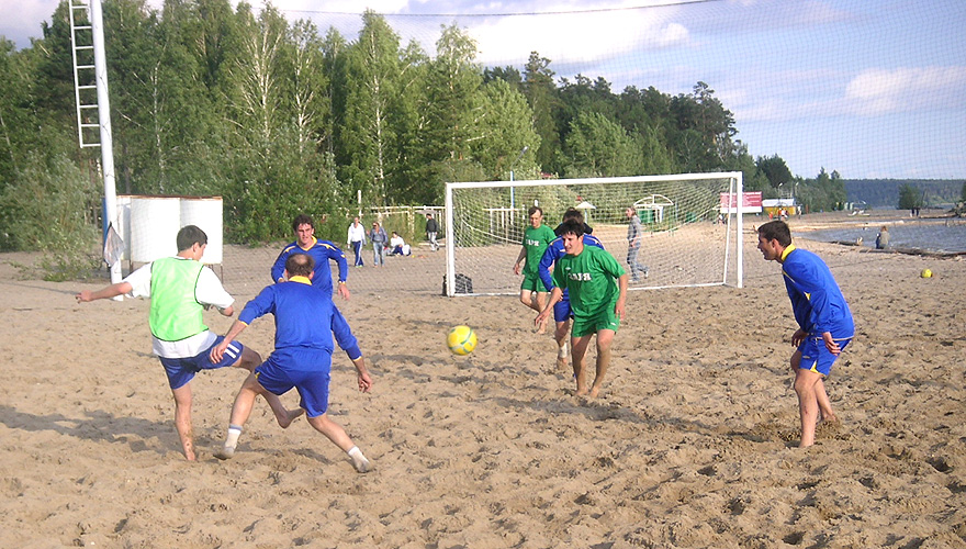 Архив:В Бурятии стартовал международный турнир по пляжному футболу