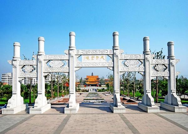 宝相寺     (图文提供: 汶上县旅游局)