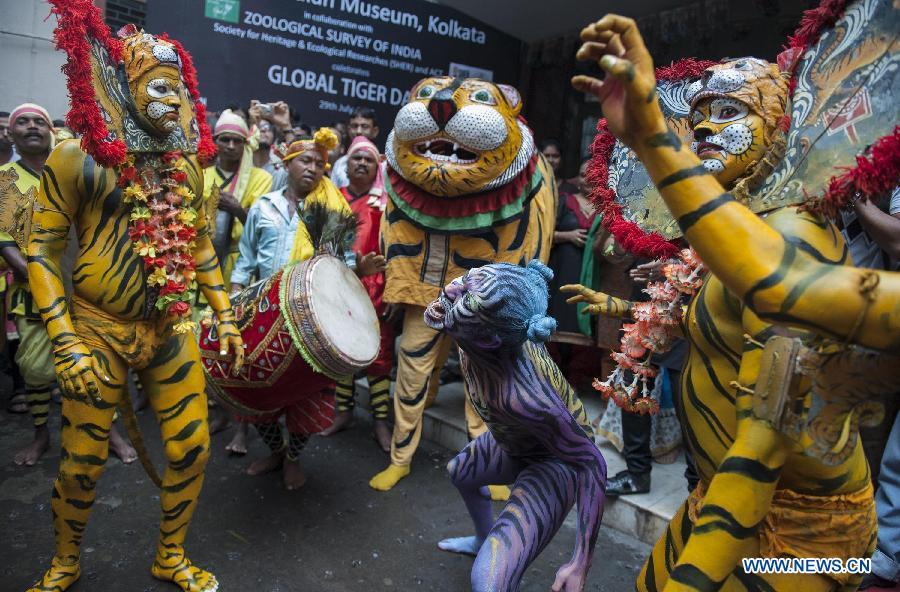 В индийском городе Калькутте отметился Международный день тигры