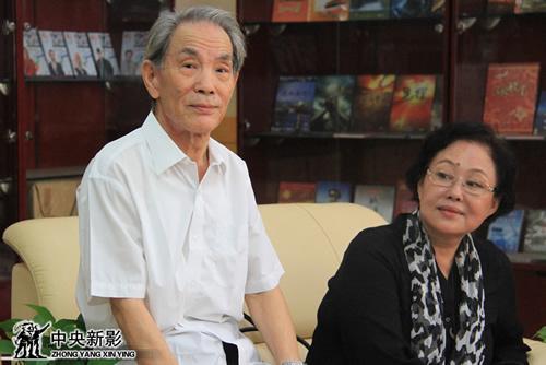 著名表演艺术家斯琴高娃、赵尔康继电影《归心似箭》后再度合作