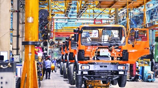 Производственная активность Китая в июле замедлилась по сравнению с предыдущем месяцем