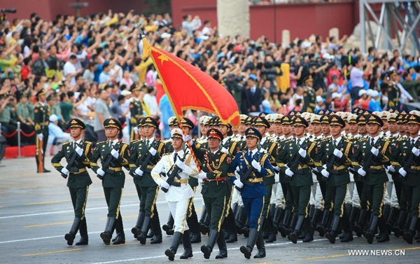 الصين تقوم ببروفة عرض عسكري