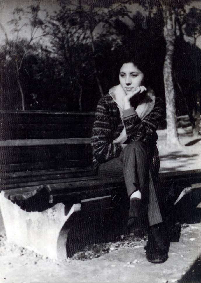В день, когда было снято это фото, Сара получила израильскую иммиграционную визу. 1973 год