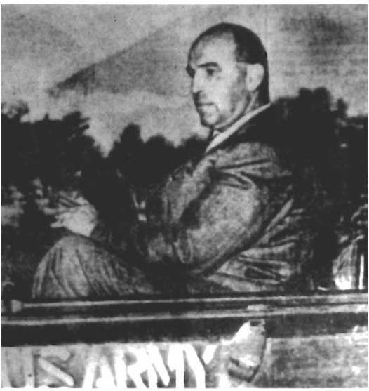 Полковник Джозеф Мэссингер, тогдашний главный представитель Гестапо в Японии. Прибыл в Шанхай в июле 1942 года, представил японской оккупационной администрации план «Последнего решения для Шанхая», связанный с массовыми убийствами шанхайских евреев.