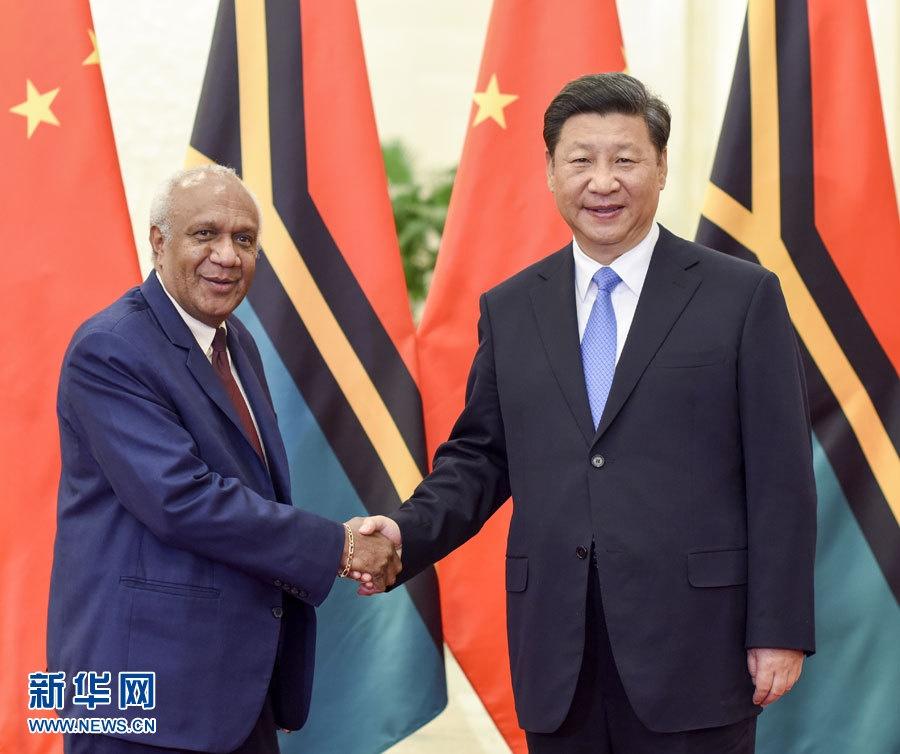الرئيس الصيني يلتقى رئيس وزراء فانواتو