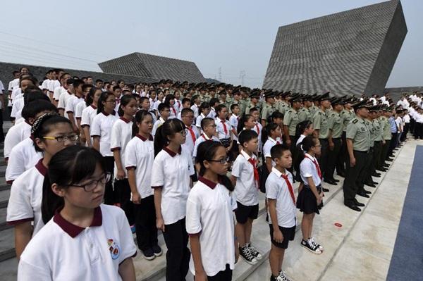 اقامة الفعاليات التذكارية في مقاطعة تشجيانغ