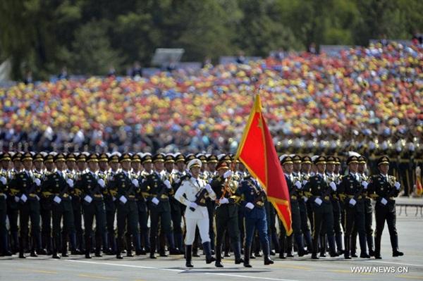 العرض العسكري للاحتفال بذكرى النصر