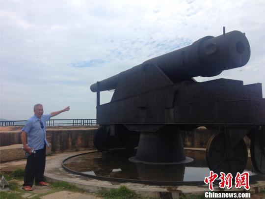 谢永杰和南炮台打了一辈子交道,对南炮台抗日历史并不陌生。
