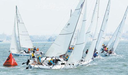顶级帆船赛事即将开赛。