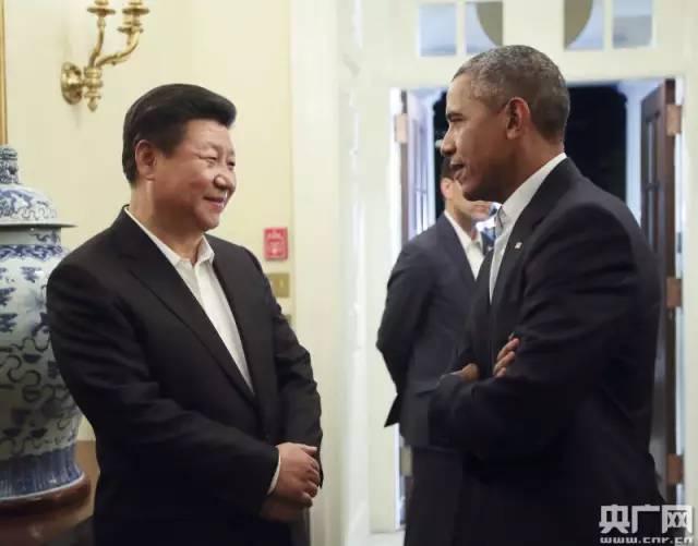 小范围晚宴前,奥巴马总统白宫迎接中国国家主席习近平,交谈。兰红光摄