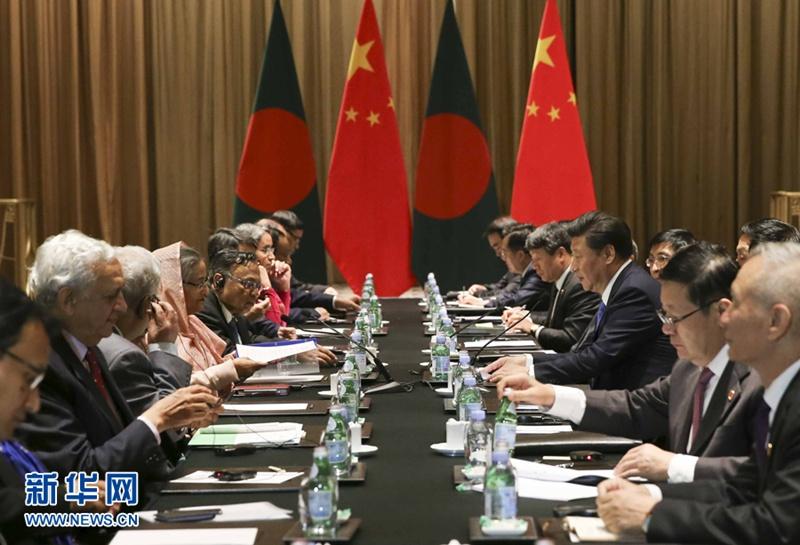 الرئيس شي يجتمع مع رئيسة وزراء بنجلاديش الشيخة حسينة