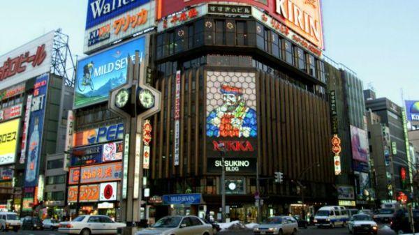 北海道札幌市区。伤人事件发生的便利店位于札幌人潮最汹涌的中央区。