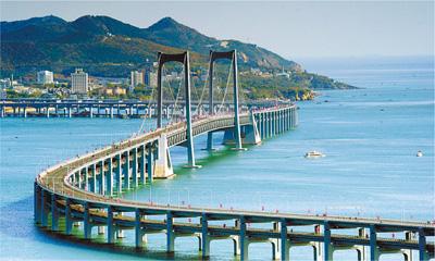大连星海湾跨海大桥通车 全长6.8公里双向8车道