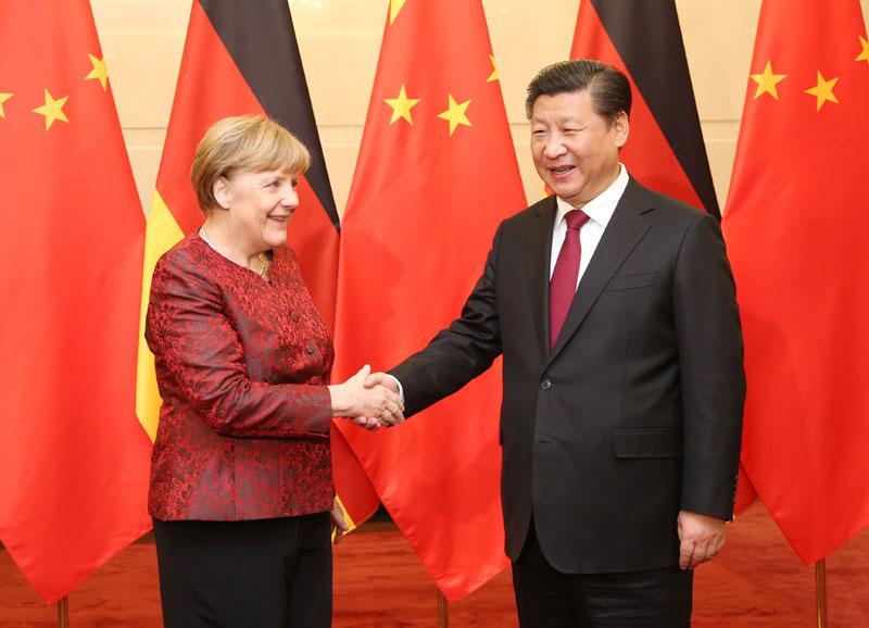 10月29日,习近平在北京钓鱼台国宾馆会见德国总理默克尔。