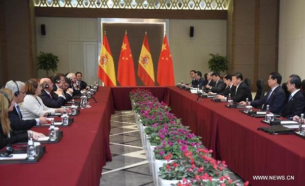 اجتماع الرئيس الصيني شي جين بينغ مع رئيس الوزراء الاسباني ماريانو راخوي