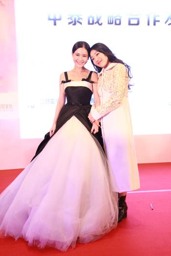 泰国强ip《时光情书》将推中国版 李海娜助阵