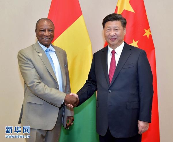 الصين تساعد غينيا على رفع قدرة الرعاية الصحية