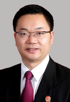 上海市高级人民法院原党组成员、副院长、高级法官 邹碧华