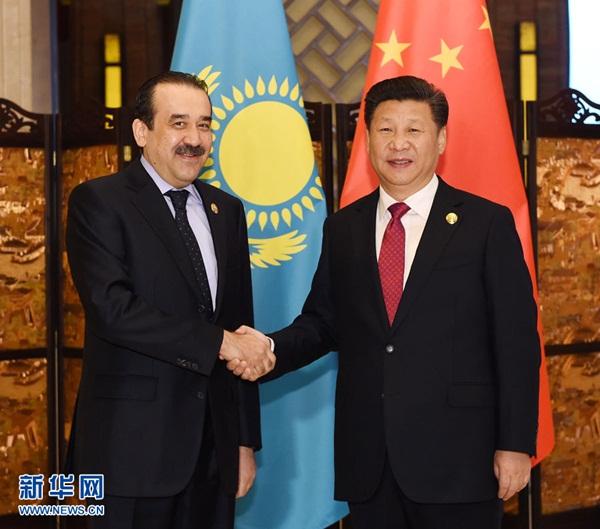 الرئيس الصيني يلتقي رئيس الوزراء الكازاخي