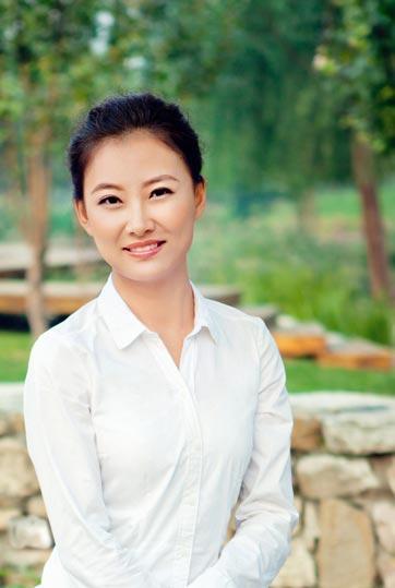中央主持人杨阳图片_《流行无限》 出镜记者 杨阳