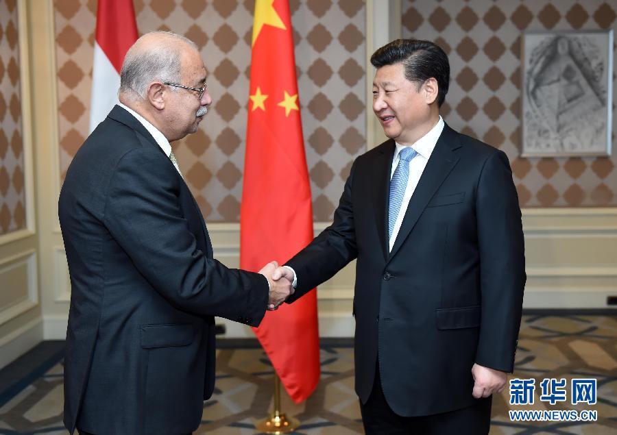الرئيس الصيني يلتقي رئيس الوزراء المصري