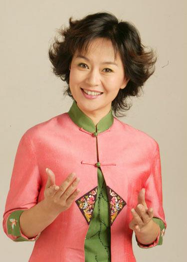 中央电视台少儿频道节目主持人鞠萍