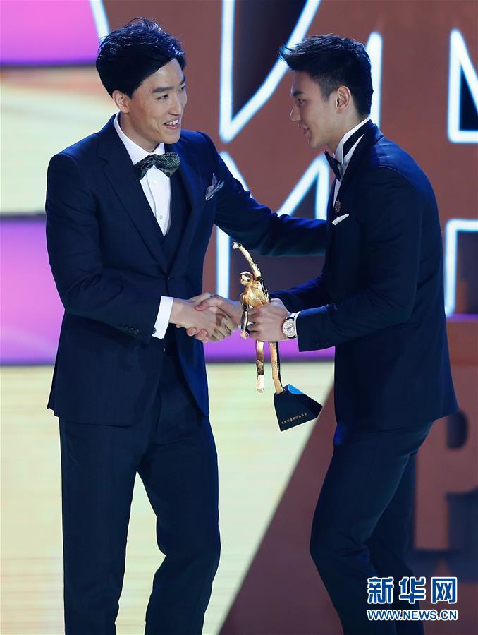 Ning Zetao et Liu Hong nommés athlètes chinois de l