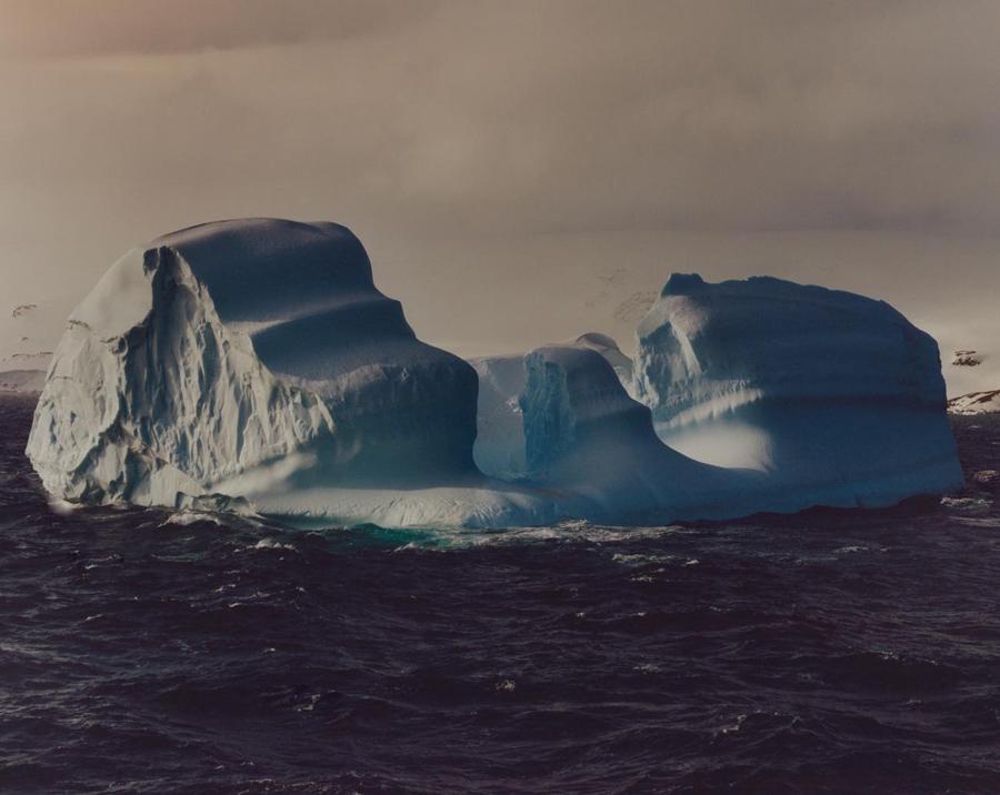 Un iceberg de la costa de la isla Decepción