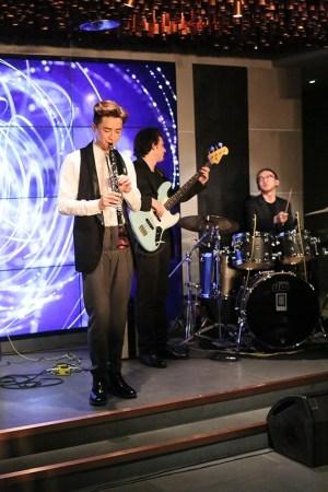 """环球音乐旗下""""单簧管演奏家、新锐跨界艺术家""""王弢个人全新原创单"""