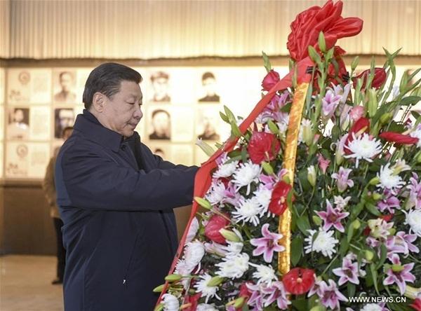 الرئيس شي جين بينغ يتفقد جينغقانغشان في مقاطعة جيانغشي