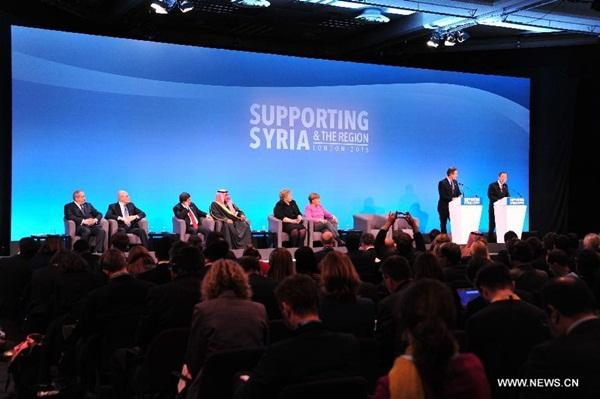 حضر الأمين العام للأمم المتحدة بان كي مون كلمة مؤتمرا صحفيا لمؤتمر مانحين بشأن سوريا في لندن