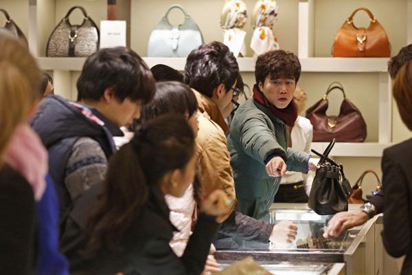 Chinos se gastarán un 50% más en las celebraciones de este Año Nuevo que en 2015