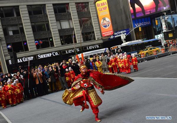 Nueva York da la bienvenida al Año del Mono con actuación improvisada en Times Square