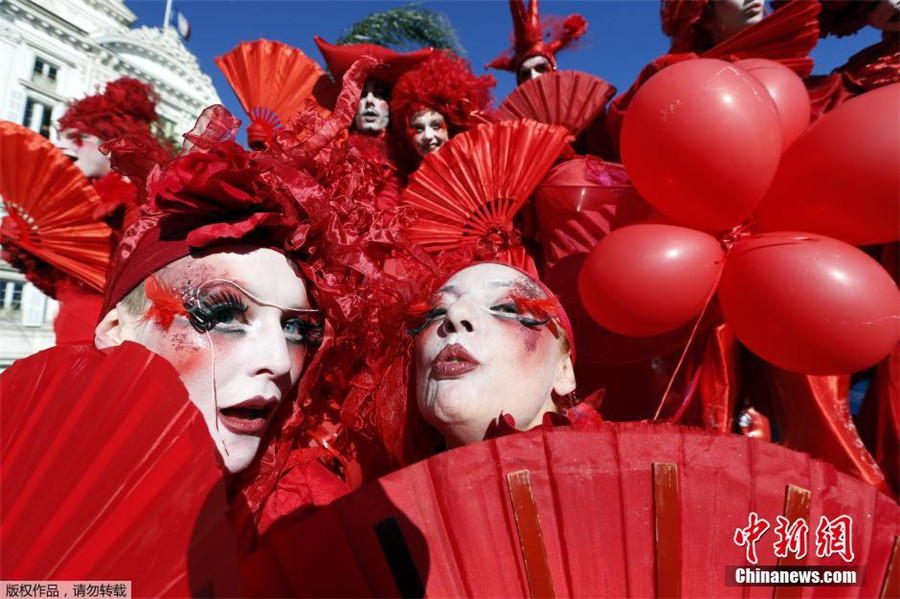 Le carnaval de Nice démarre dans une ambiance des plus festives