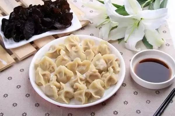 Tradicionales comidas en Fiesta de Primavera