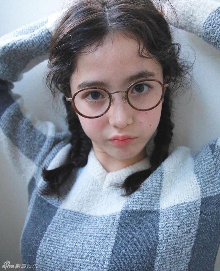 Yamada Naomi, un mannequin de 13 ans en vogue