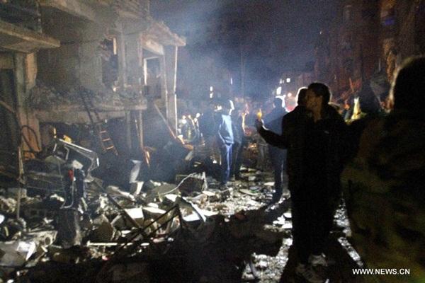 ارتفاع حصيلة التفجيرات الاربعة بمنطقة السيدة زينب بجنوب دمشق إلى 50 قتيلا