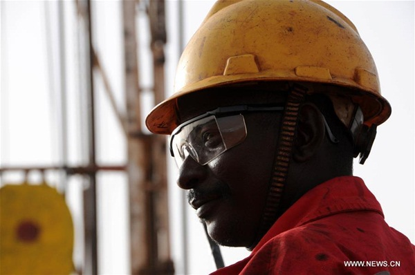 العمل السوداني على بريمة الحفر في قاعدة انتاج البترول بالسودان