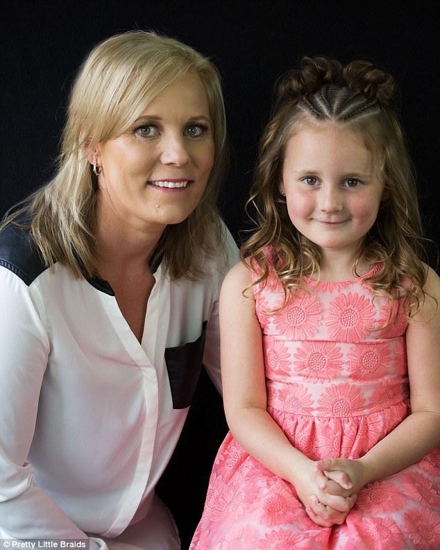 Passionnées de tresses, cette maman et sa fille font le buzz sur Internet