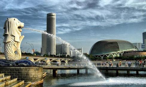 9. Singapour