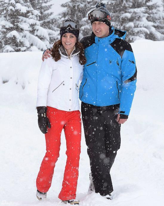 Photos : Kate et William en vacances dans les Alpes avec George et Charlotte