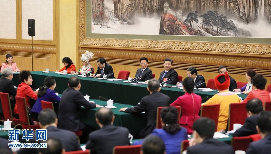 شي جين بينغ يشارك وفد مقاطعة هونان النظر في تقرير عمل الحكومة