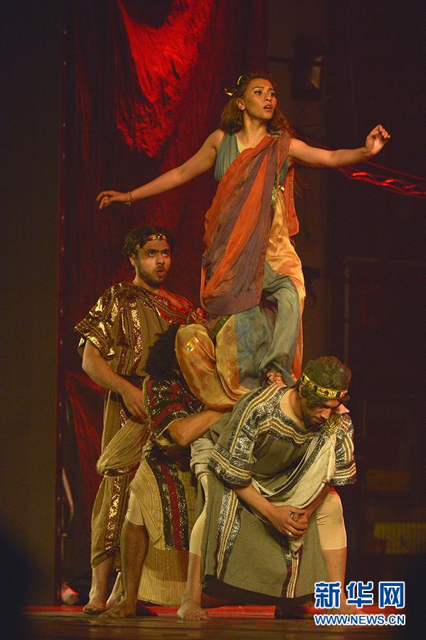 فرقة الفرسان الشرقية للرقص الحديث تدعم العام الثقافي الصيني المصري