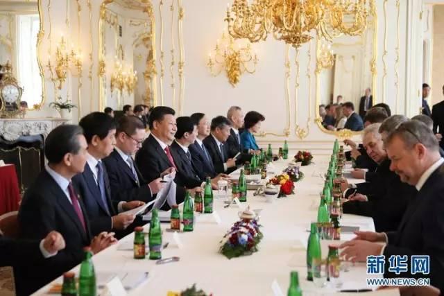 △3月29日,习近平在布拉格同捷克总统泽曼举行会谈。