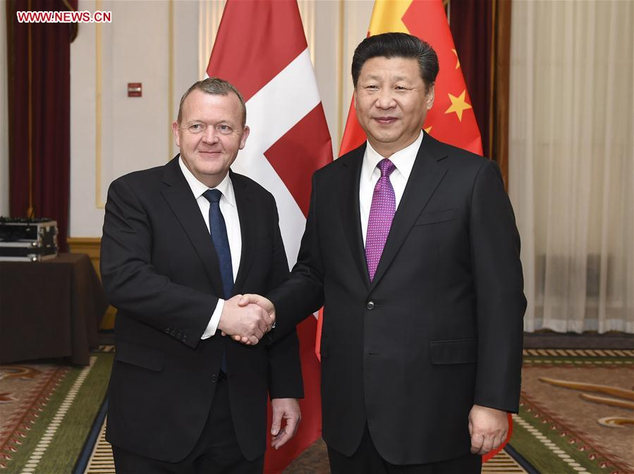 WASHINGTON, March 31, 2016 (Xinhua) -- Chinese President Xi Jinping (R) meets with Danish Prime Minister Lars Loekke Rasmussen in Washington, the United States, March 31, 2016. (Xinhua/Xie Huanchi)