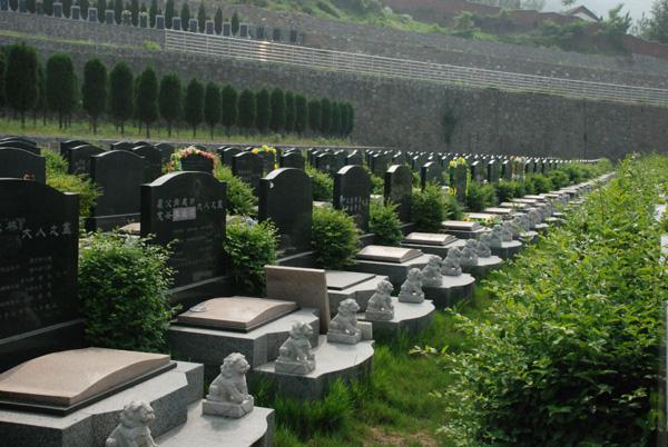 El precio de los funerales y de las tumbas aumenta en China