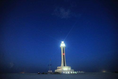 Китай завершил строительство нового маяка на архипелаге Наньша